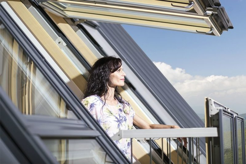 De open vleugels vormen een balkon in uw kamer